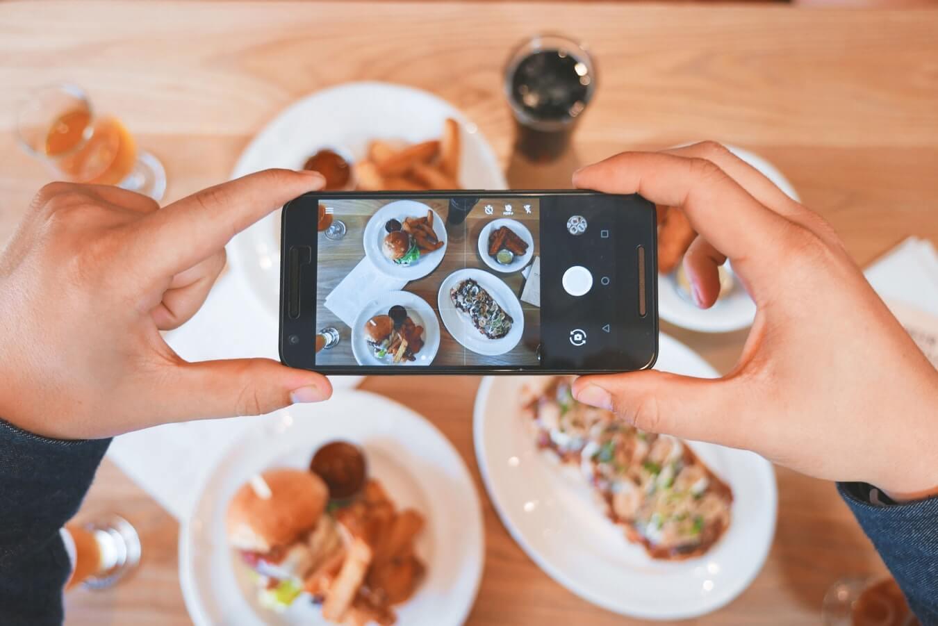 Instagram Stories i filmyw na żywo